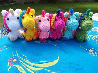 Free Amigurumi Unicorn Pattern : Unicorn in colors with free amigurumi pattern diy