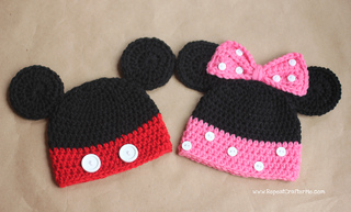 Ravelry  Mickey and Minnie Mouse Hats pattern by Sarah Zimmerman 67a7b4a1976e