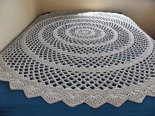 Lacy Round Blanket pattern by Rhelena's Crochet Patterns