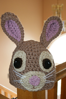 Full_view_of_front_of_darlas_bunny_hat_small2