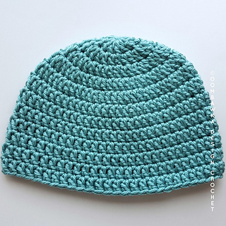 Seamless Double Crochet Hat Pattern - Free Pattern from Rhondda at Oombawka  Design Crochet © Oombawka Design 69e07dd6303