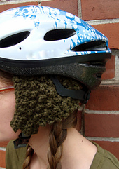 Seed_stitch_earwarmers_-_helmet_on_head_-_side_small_best_fit