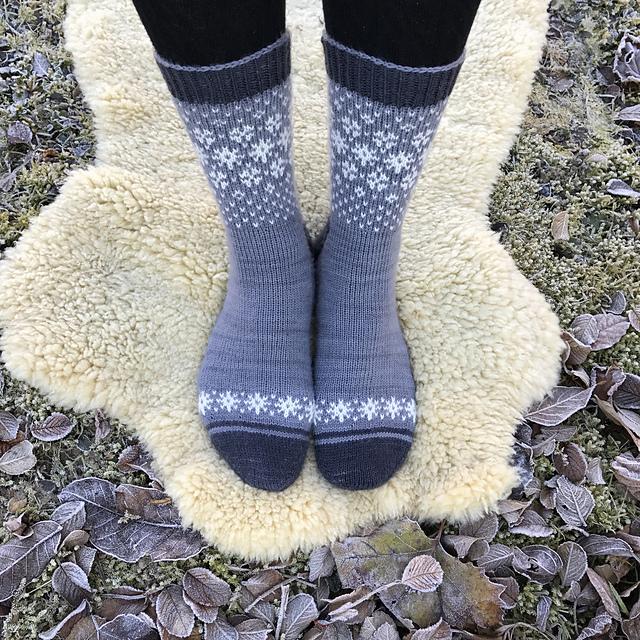Ravelry: Wishing for Snow Socks pattern by Runningyarn