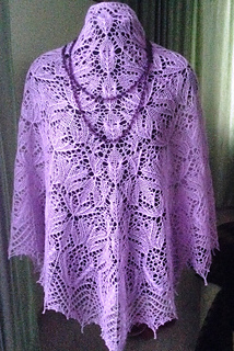 Frolicsome Marguerite pattern by Alla Borisova