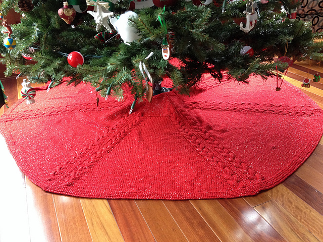 patterns > Ann's Knitting Page. > Christmas Tree Skirt - Ravelry: Christmas Tree Skirt Pattern By Ann V. Gallentine