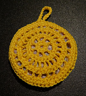 Crocheted_sachet_small_best_fit