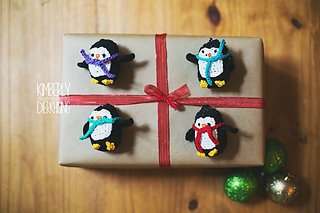 Penguine_ornament_3_small2