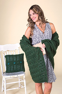 Loksum16_tk_cable_blanket_pillow_0037_800px_small2