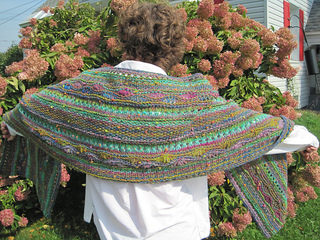 Stitch_sampler_shawl_-_noro_bonbori_2_1_small2
