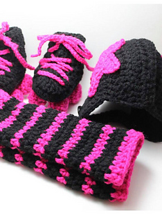 df6d503bd97 Ravelry  Roller Derby Baby Set pattern by Knitty Momma