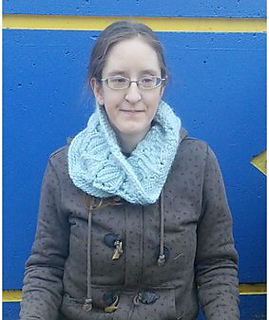 Seated-cowl_down-smaller_small2