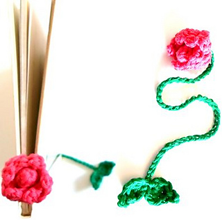 Flower_bookmark_small2