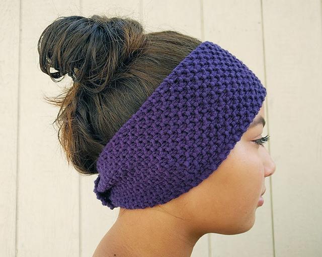 Beautiful purple seed stitch ear warmer knitting pattern.