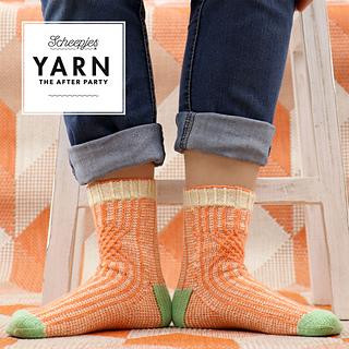 Twisted Socks pattern by Jane Burns