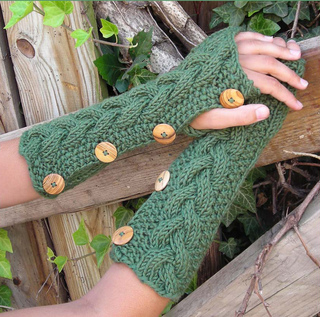 Alligator_mitts_small2