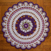 Royal_garden_doily_13
