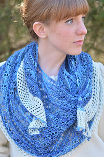 I-smell-snow-shawl-1_small2