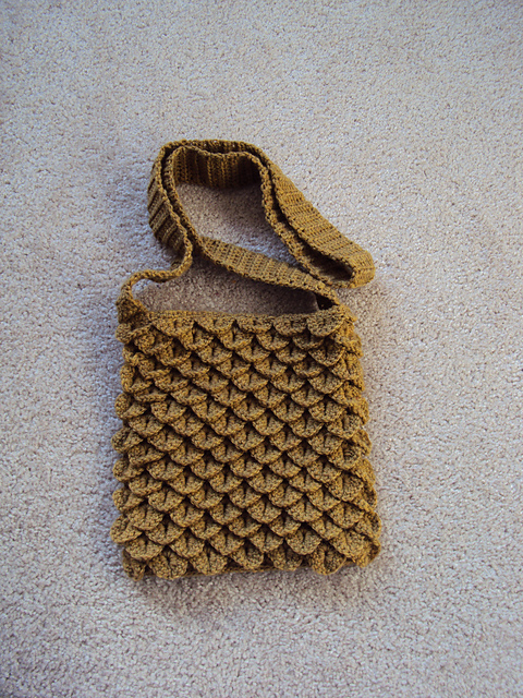 Ravelry: Crocodile Stitch Bag pattern by Tejiendo Historias / Shanti ...