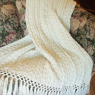 Ravelry Irish Wedding Aran Afghan Pattern By Sharondipity Designs