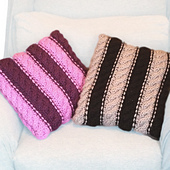 Pillows_close-up_small_best_fit