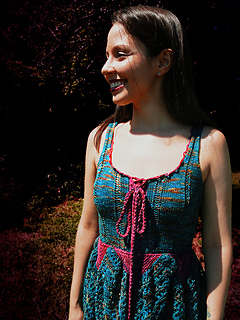 Knitted_faerie_dress_shiri_designs_giggle_small2