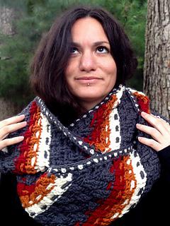 Crochet-pattern-dashing-cowl-scarf-shiri-designs-lookup_small2