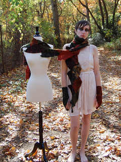 Druidess_set_shiri_designs_nov_2010_mannequin_small2
