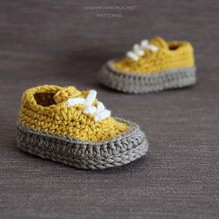 34246a15a7502b Ravelry  Classic baby sneakers pattern by Showroom crochet