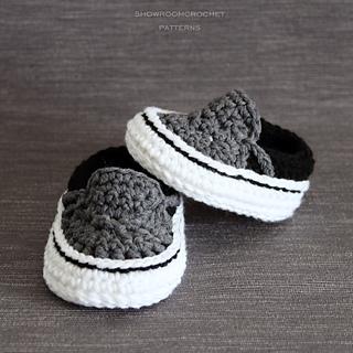 936f6c702c27a8 Ravelry  Vans style baby sneakers pattern by Showroom crochet