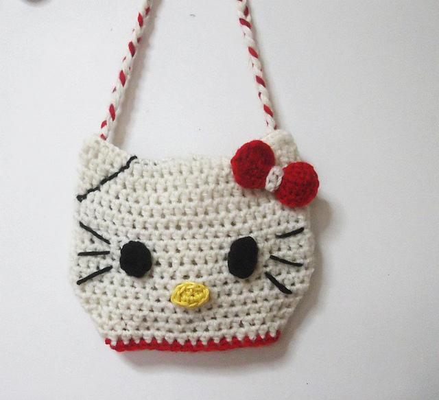 Ravelry: Hello Kitty Purse pattern by Pattern Studio