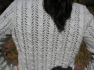Cable_lace_cardi-back-detail_small2