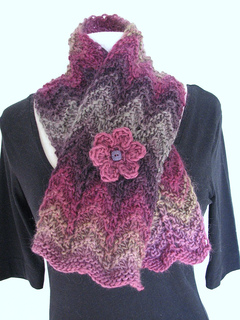 Riot-scarf3_small2