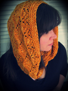 Loralee_cowl8_small2