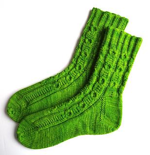 Hollow_oak_socks-1_small2