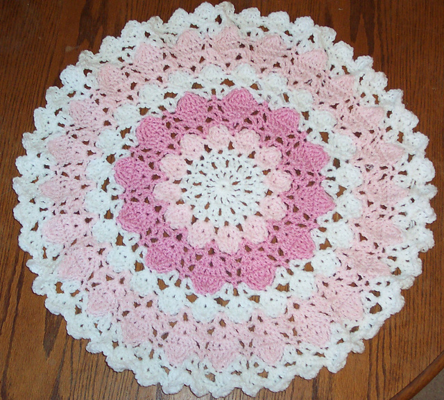 Ravelry Flower Petal Yarn Doily Pattern By Donna Mason Svara