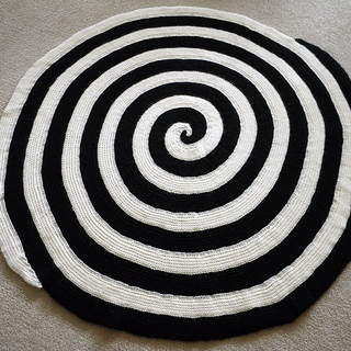 Post0370_spiral_small2