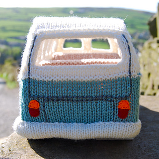 Vw Campervan Knitting Pattern : Ravelry: Knit yourself a Campervan based on the VW Splitscreen / Kombi patter...