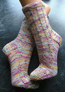 ravelry ein hauch von nichts socks pattern by melly a. Black Bedroom Furniture Sets. Home Design Ideas