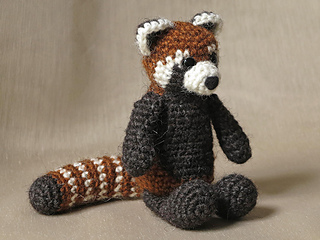 Crochet_red_panda_pattern_small2