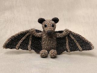 Crochet_flying_fox_bat_pattern_small2