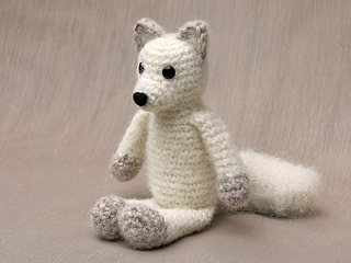 Arctic_fox_crochet_pattern_small2