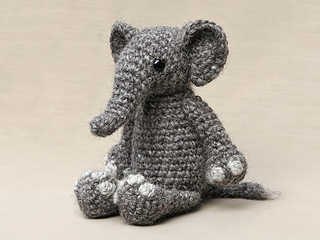 Crochet-elephant-pattern_small2