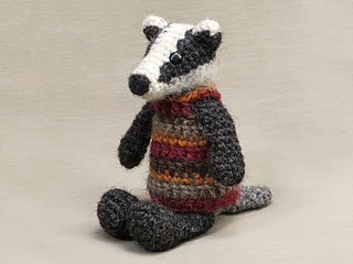 Crochet-badger-amigurumi-pattern_small2
