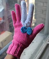 Bunny_gloves_2_small_best_fit