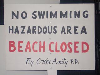 Beachclosed0218we_small2