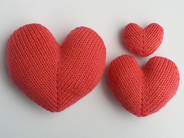Ravelry Love Hearts Pattern By Squibbly Bups