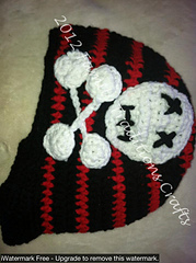 Skull_and_cross_bones_2_small