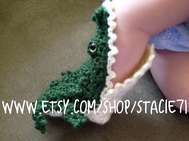 Ravelry Crocheted Alligator Socks Pattern By Stacie L Ratcliff