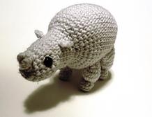 Gray_rhino2_small_best_fit