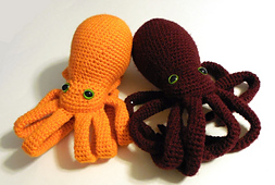 Kneeling_octopi_small_best_fit
